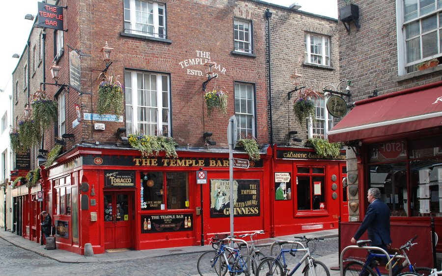 Temple Bar in the city centre of Dublin